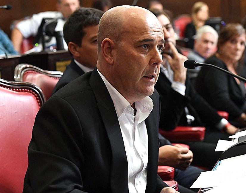 Senador Feente de Todos Gustavo Traverso en el Senado Bonaerense