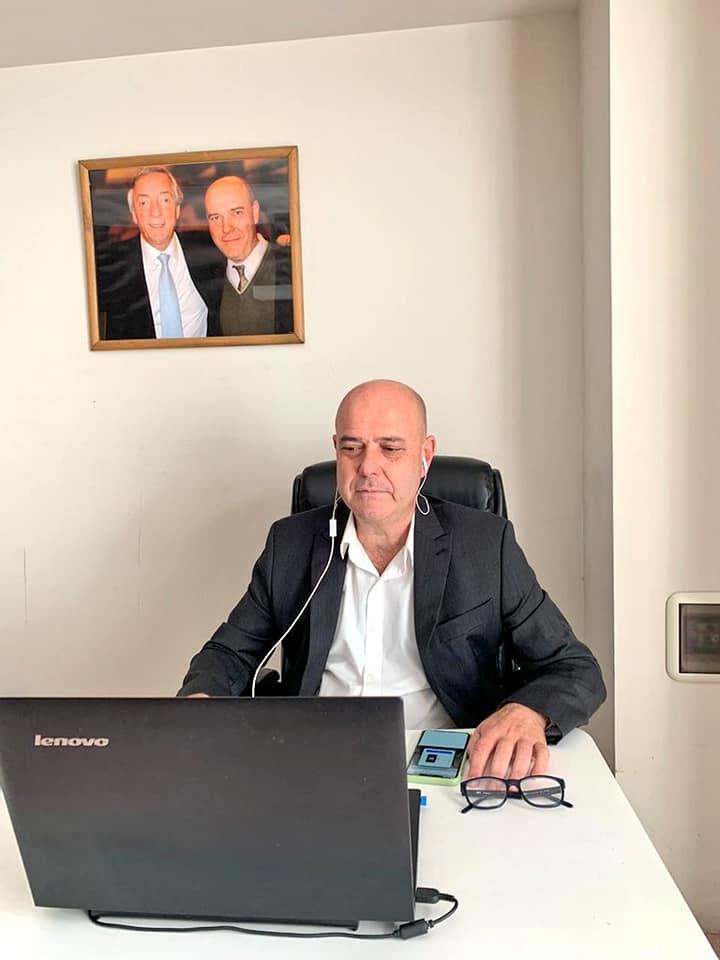 Gustavo Traverso sesión remota