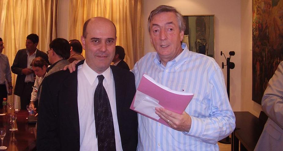 Gustavo Traverso senador y Néstor Kirchner