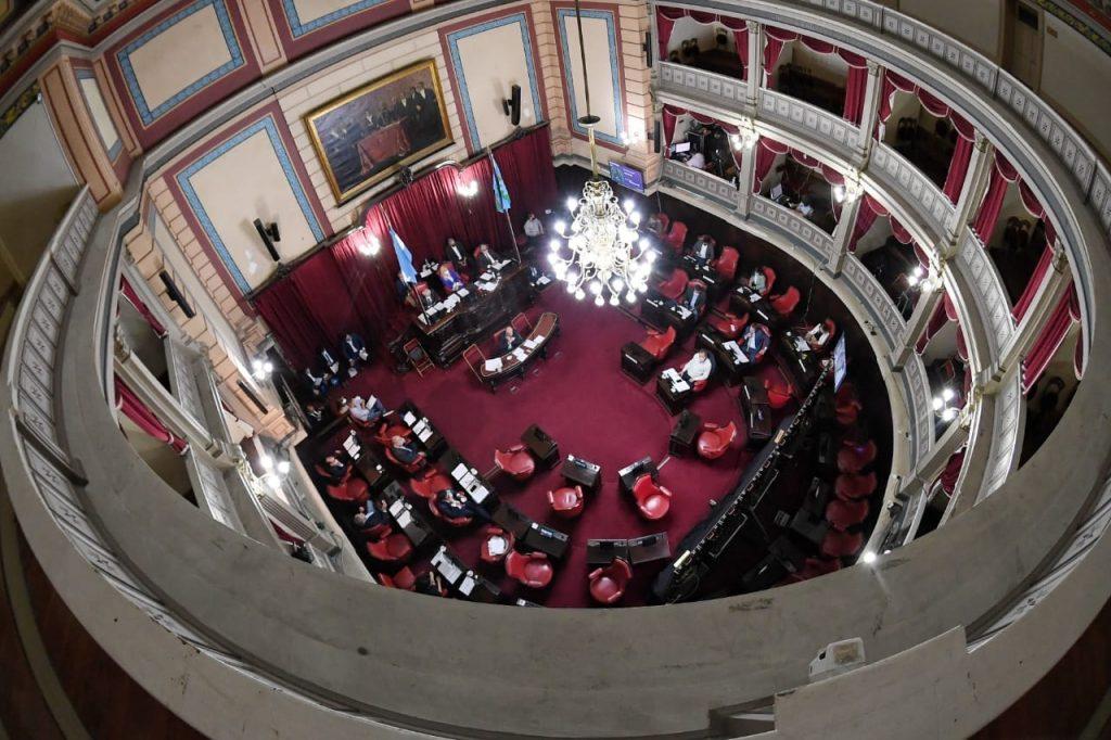 Senado Gustavo Traverso 1